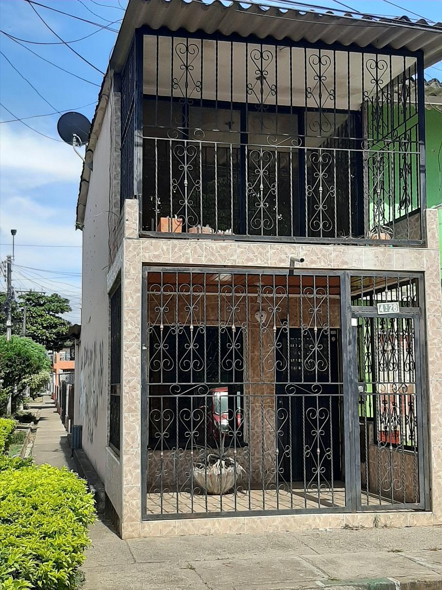 Casa esquinera en venta barrio portal de Jamundi