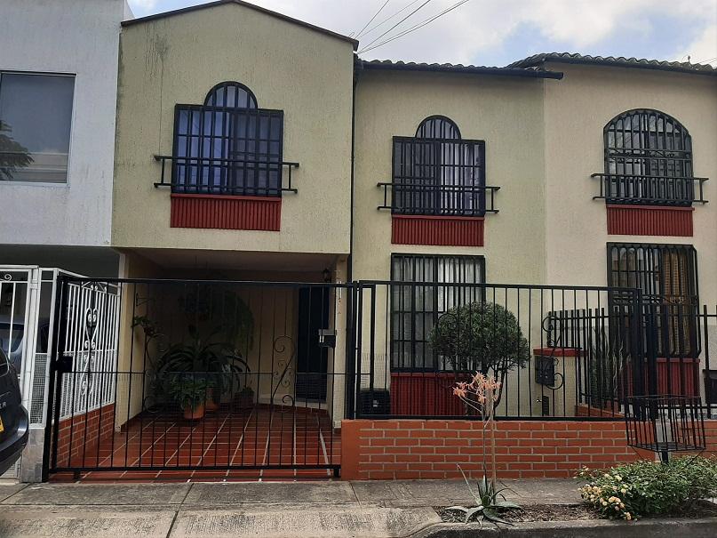Casa en venta alfaguara barrio solar de las garzas