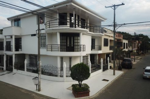 casa esquinera en venta jamundi