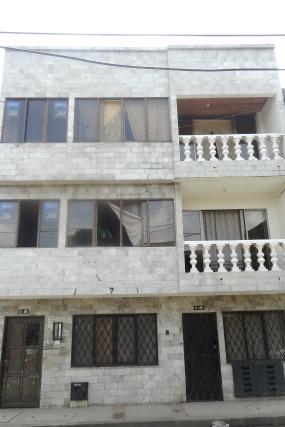 Apartamento Edif. J.J. 202 B/ La Esmeralda