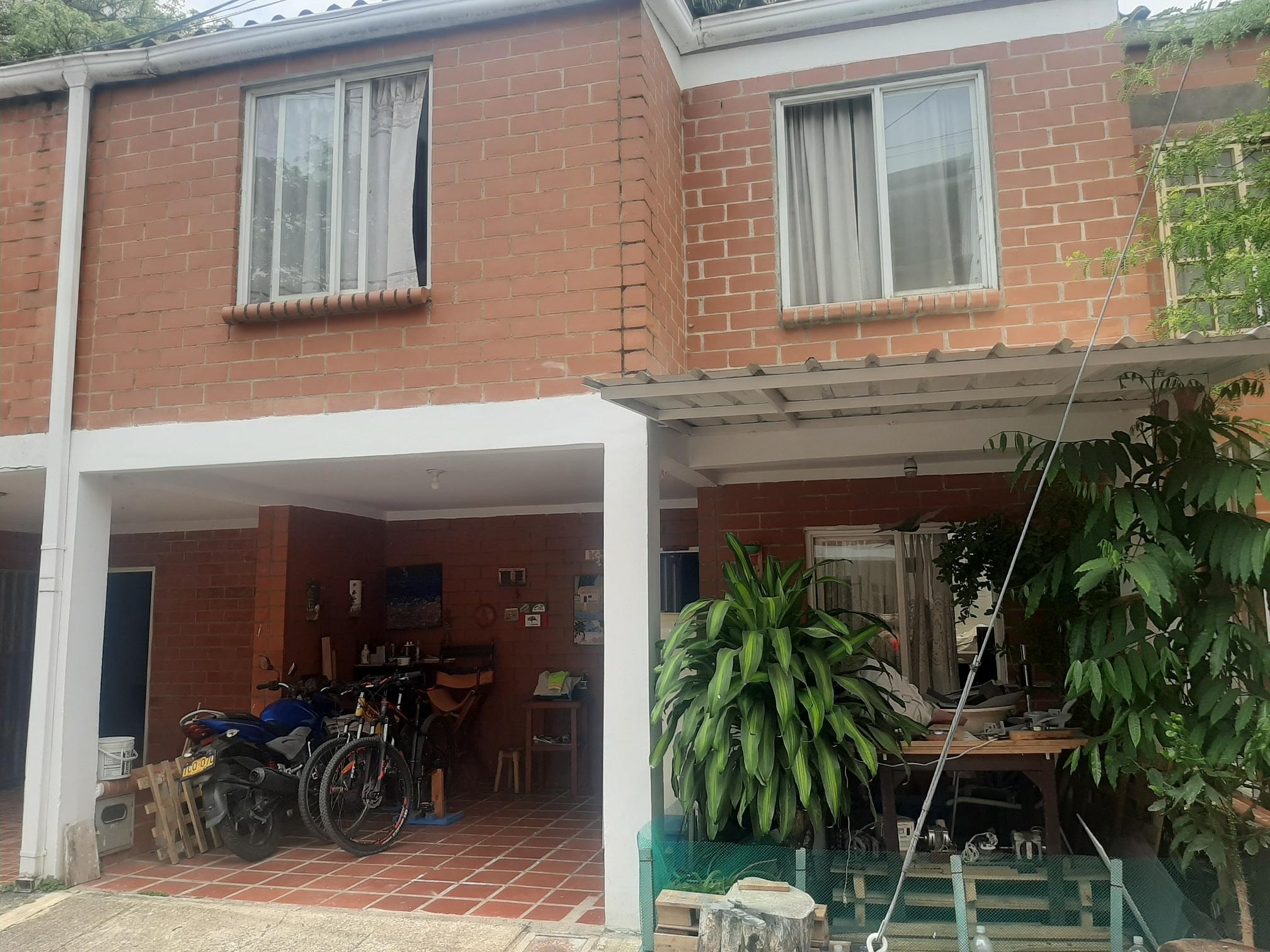Casa en venta urbanizacion siglo xx1 jamundi