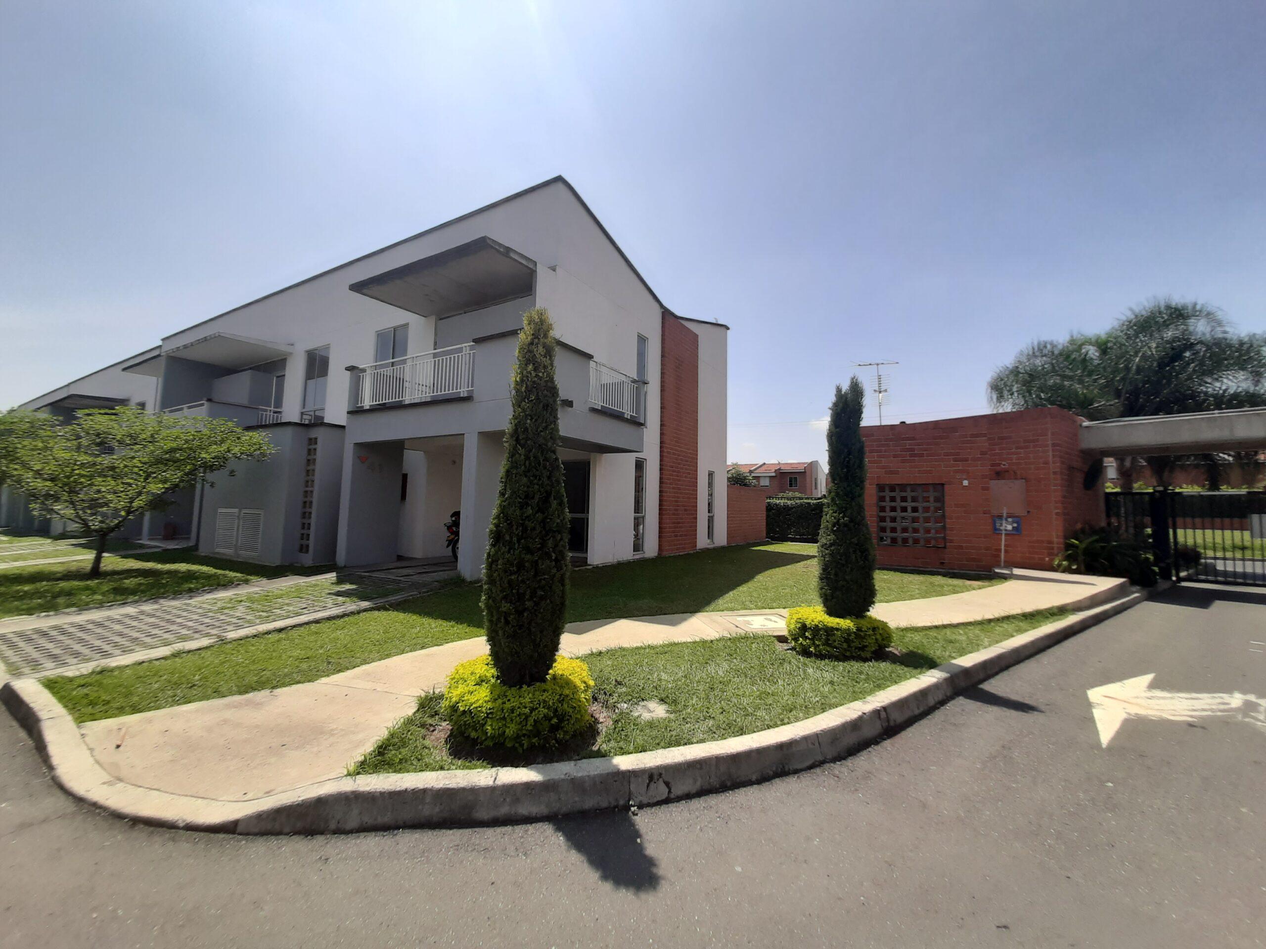Casa en venta para estrenar en cinco soles Jamundi