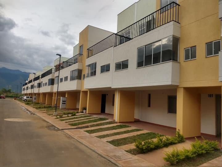 Casa en venta en conjunto residencial Bambu